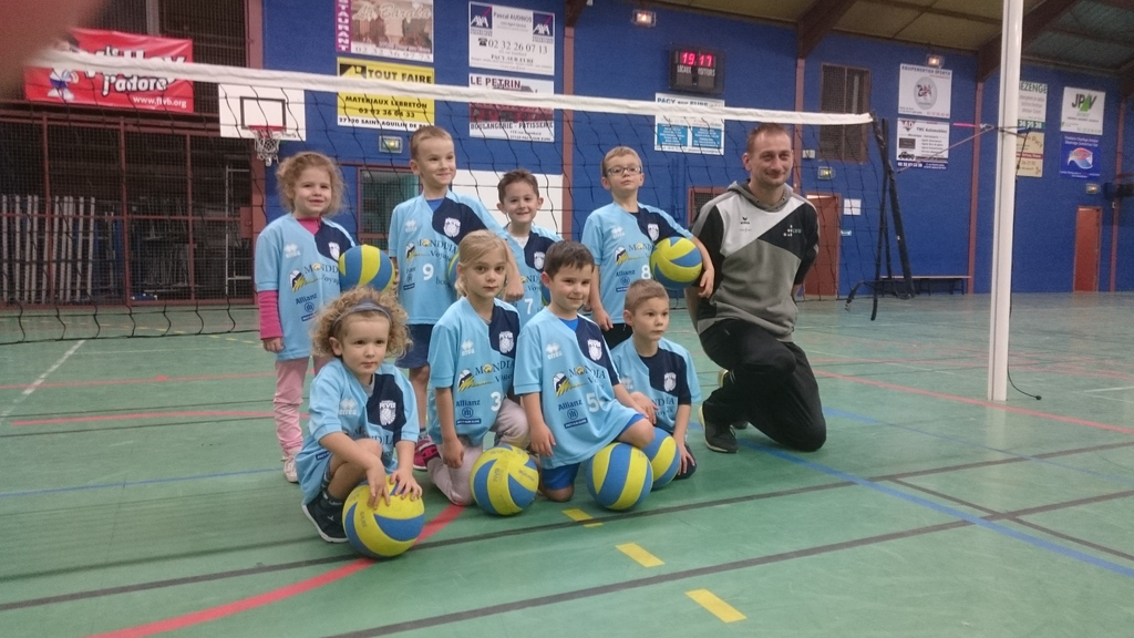 Les Baby Volley ont reçu leurs maillots !